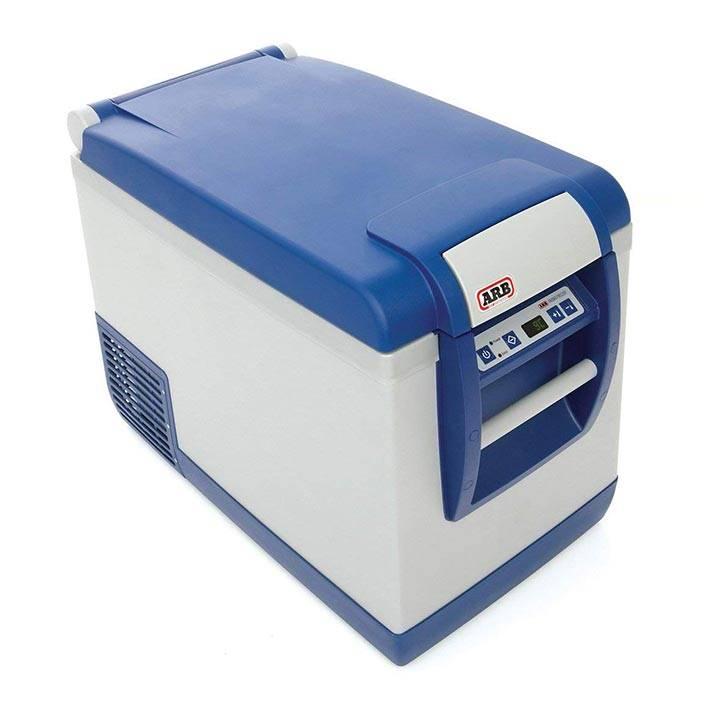 ARB 4x4 Accessories 50 Quart Portable Fridge/Freezer
